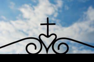 Faire face à un deuil: étapes essentielles et démarches