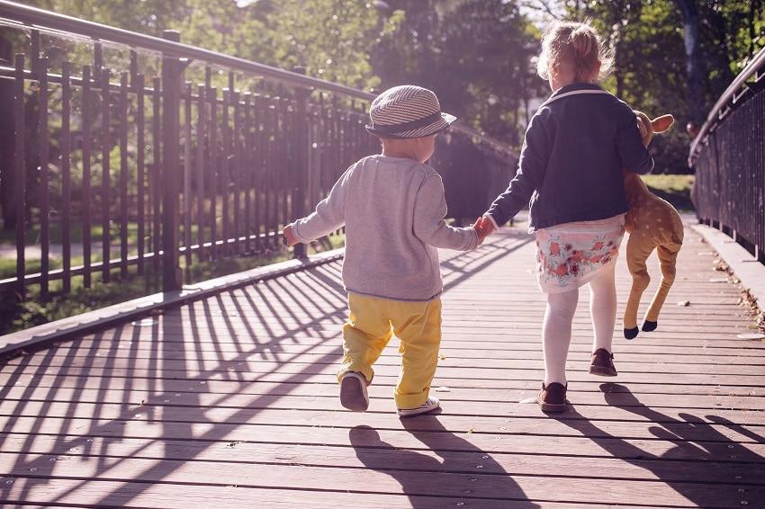 Des jeux et occupations ludiques pour un enfant