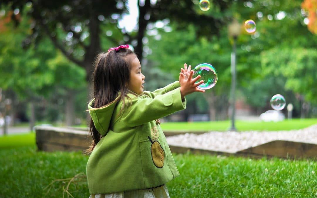 Le bonheur de l'enfant n'est pas materiel