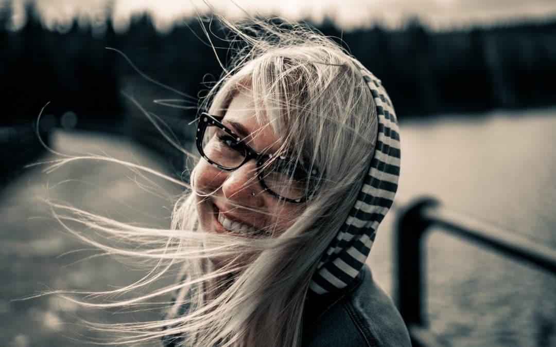Comment positiver: 3 astuces pour toujours avoir le sourire!