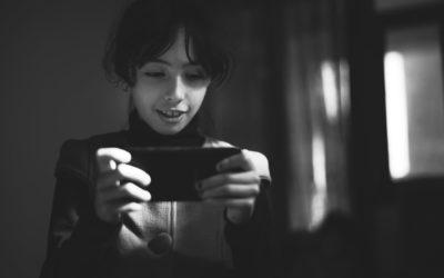 Connaître les dangers du web pour protéger ses enfants