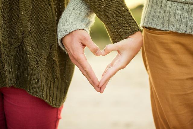 Comment les couples se rencontrent sur Internet ?